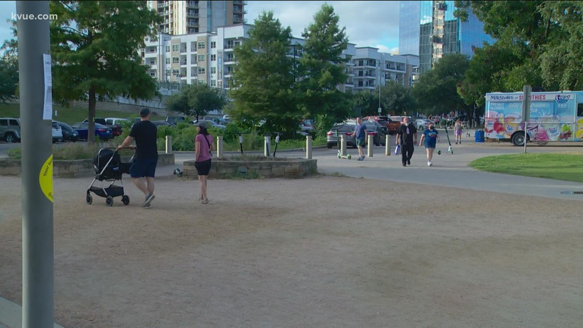 Parking lots at popular Austin parks filling up before sunrise. Here's why