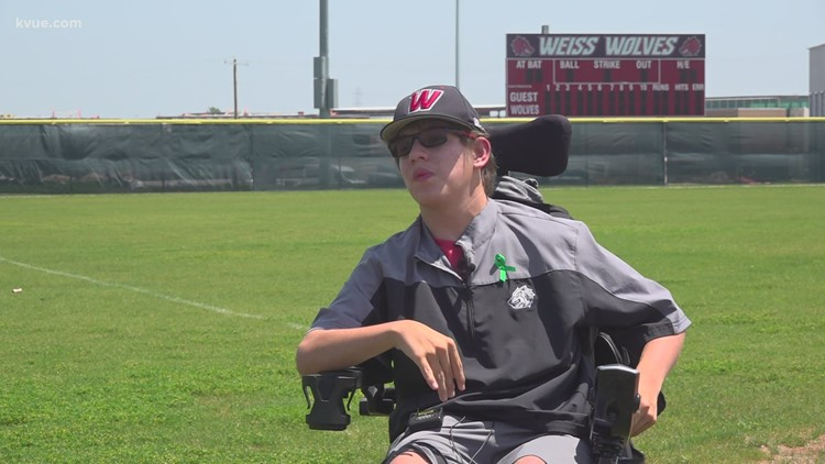 Managing to win: Weiss baseball team managers inspire playoff run
