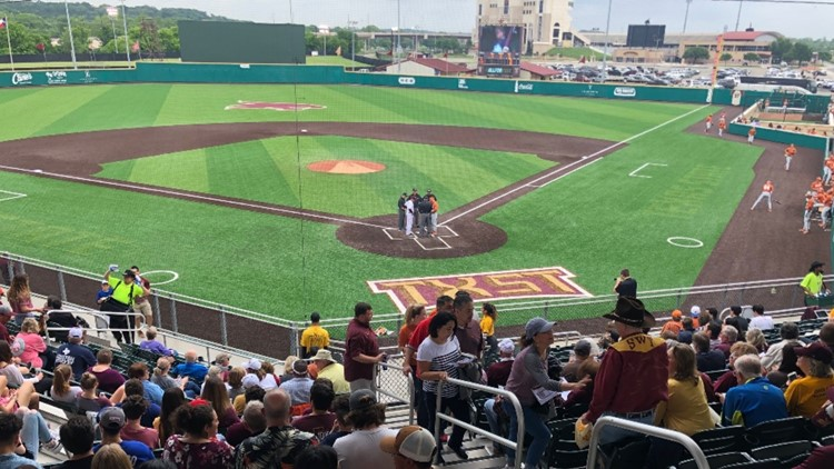 Longhorns rally back in San Marcos; Bobcats walk off the win