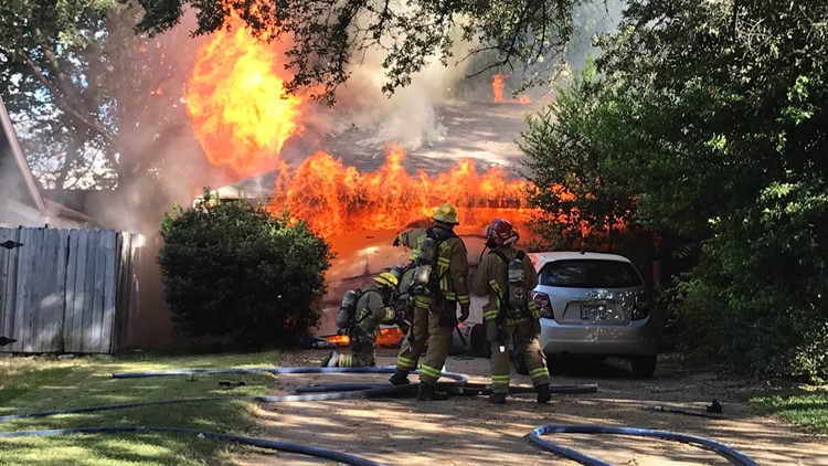 Motorcycle sparks fire in Austin garage, killing family cat