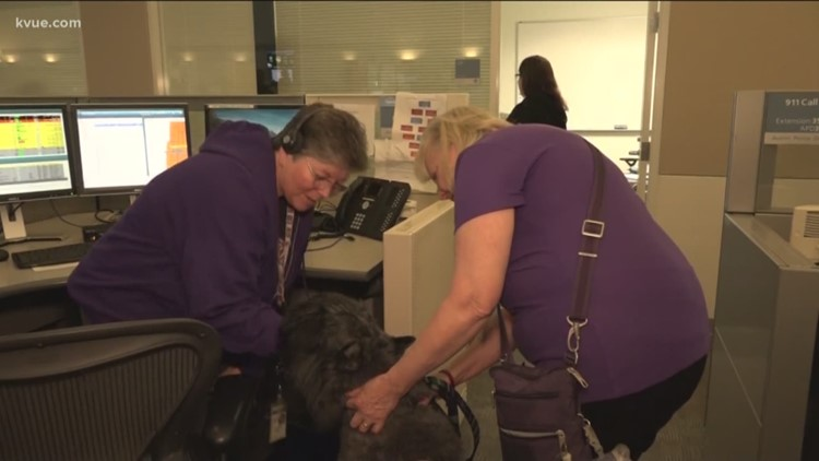 Dogs helping relieve stress for Austin 911 operators