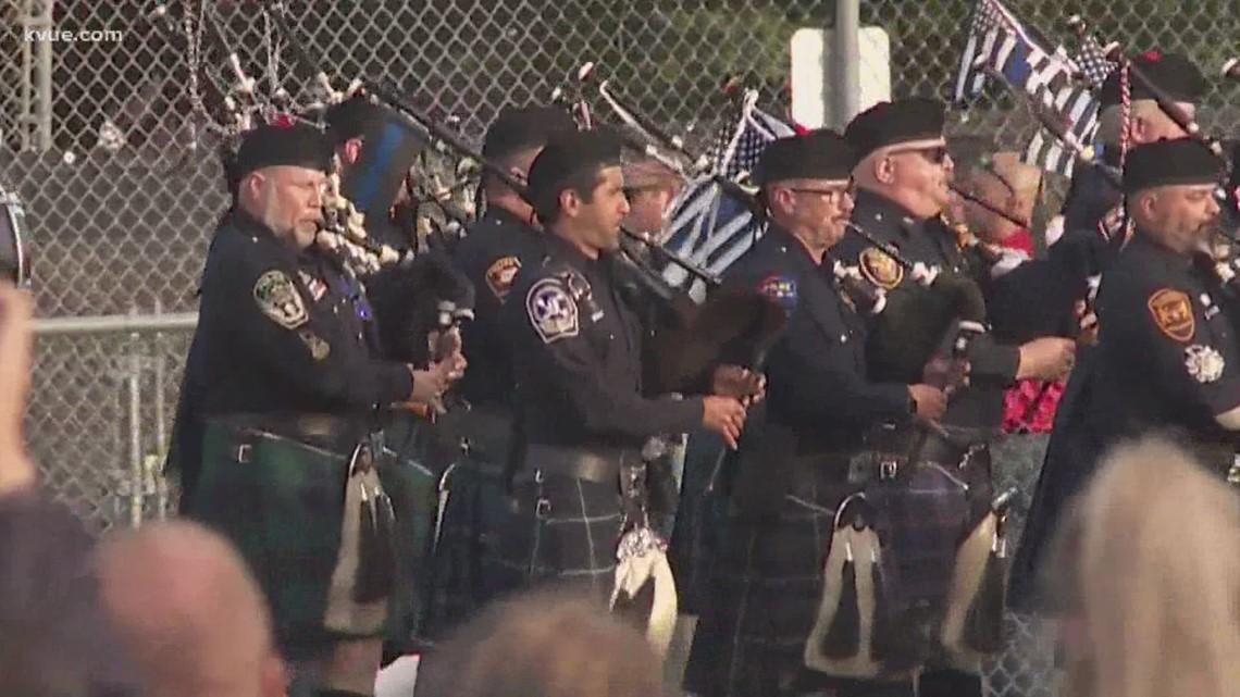 Gov. Abbott, law enforcement honor fallen Texas officers with Austin ceremony, vigil