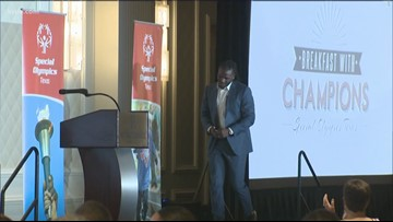 Former Longhorns star shares experience as Special Olympics athlete during Breakfast with Champions speech