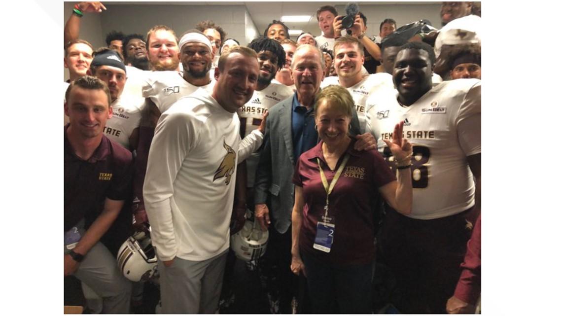 Austin Gas Prices >> George W. Bush meets Texas State football team before SMU ...