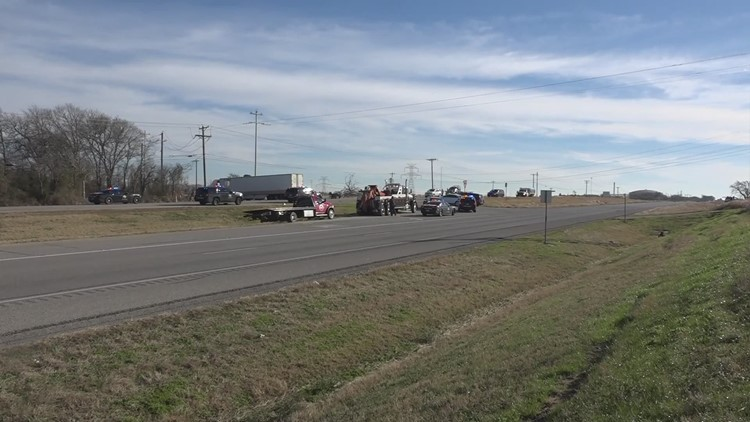 Semi failed to yield to vehicle before crash that killed 3 in Bastrop  County, DPS says