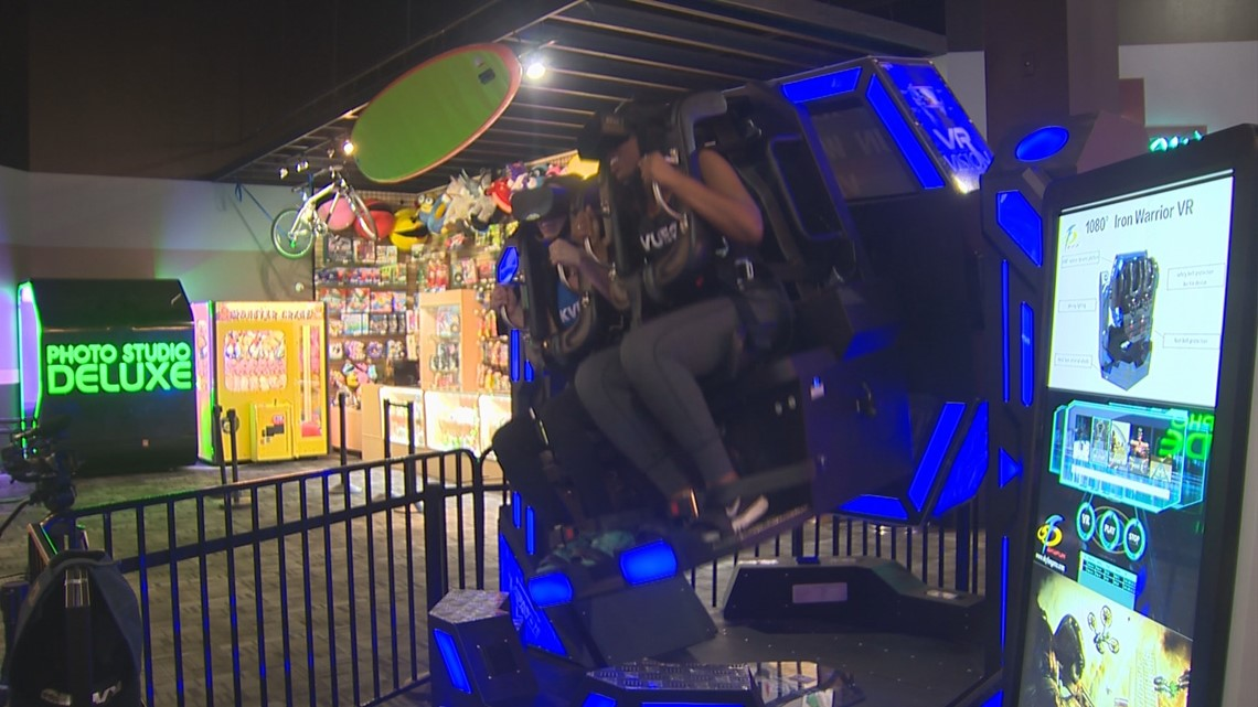 RAW: Giving virtual reality roller coaster a spin at Austin Park N Pizza