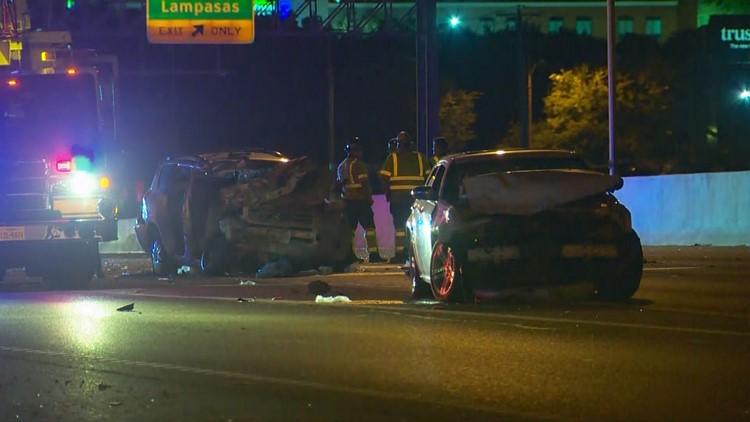 3 hospitalized after multi-vehicle crash in Austin I-35 construction zone
