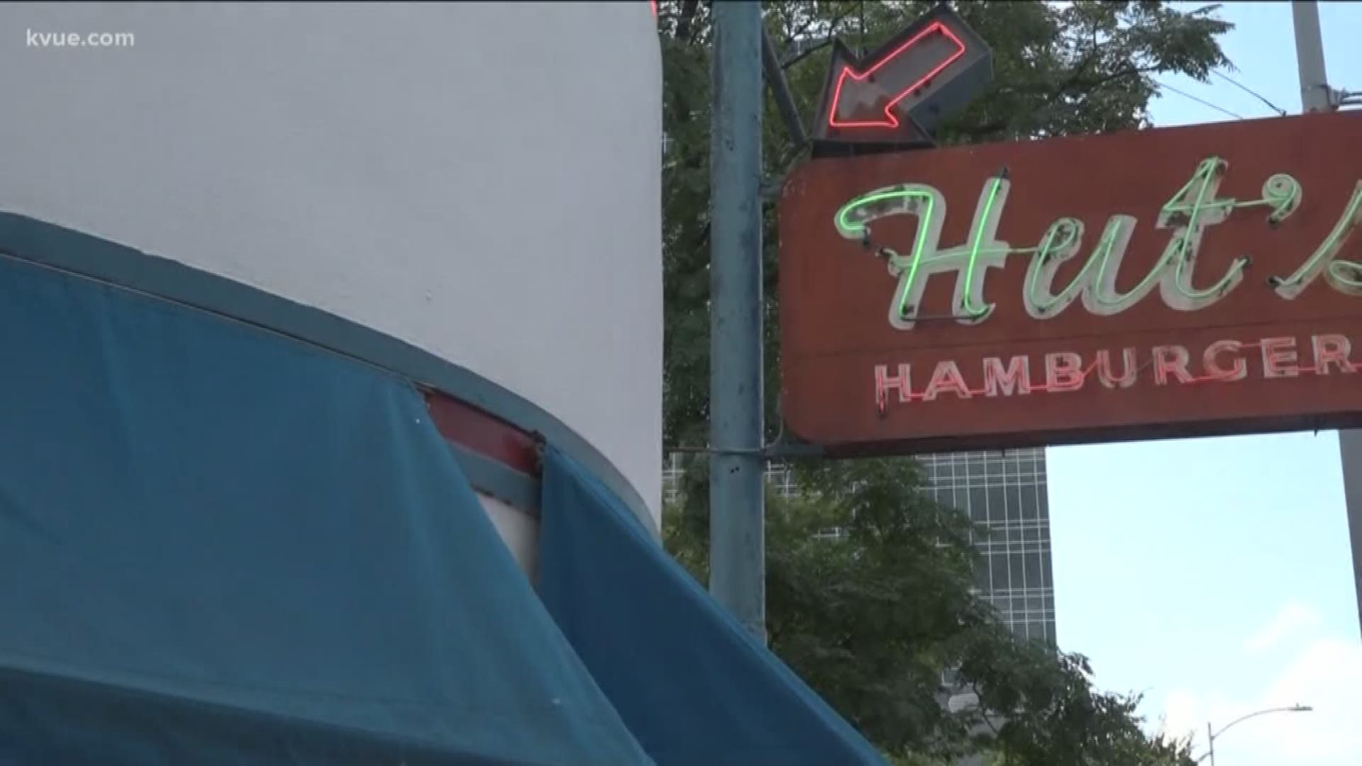 Hut S Hamburgers Fans Say Goodbye To The Downtown Austin Location Kvue Com