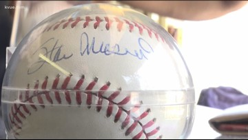 100 Authenticated MLB Baseball's Auctioned Off