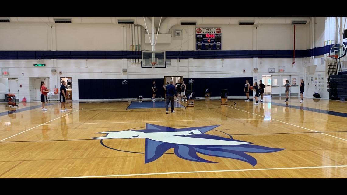 Texas School For The Deaf Girls Basketball Team Goes