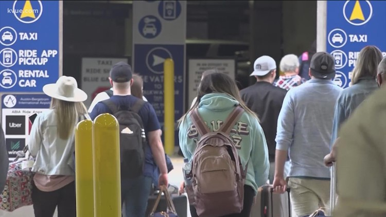 What to expect if you're flying out of Austin's airport this Labor Day weekend