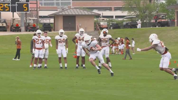 Texas spring football: UT players getting used to new playbook