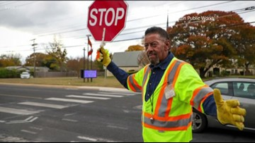 Austin's Lonnell Shackles nominated as 'America's Favorite Crossing Guard'