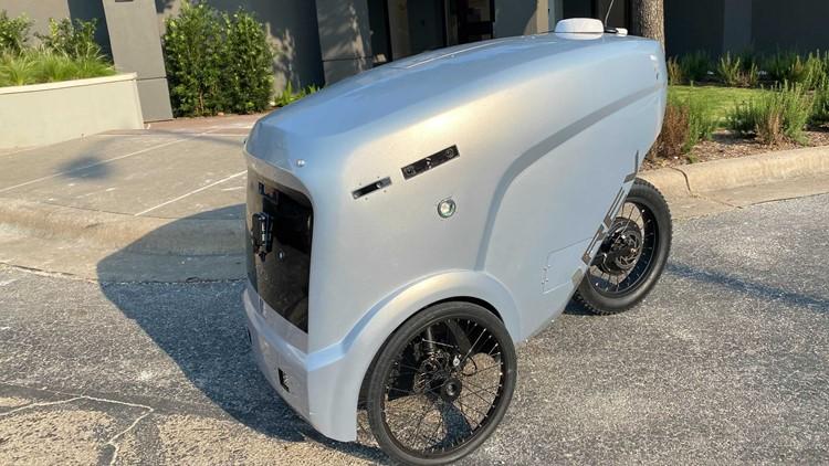 Order up: Robots now deliver food in Austin