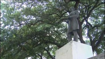 The Last Word: Texas Senate passes bill making it harder to take down Confederate monuments