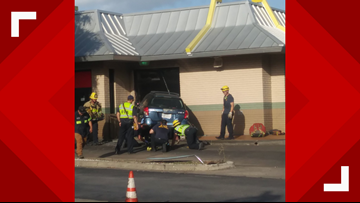 3 people injured after car crashes into South Austin