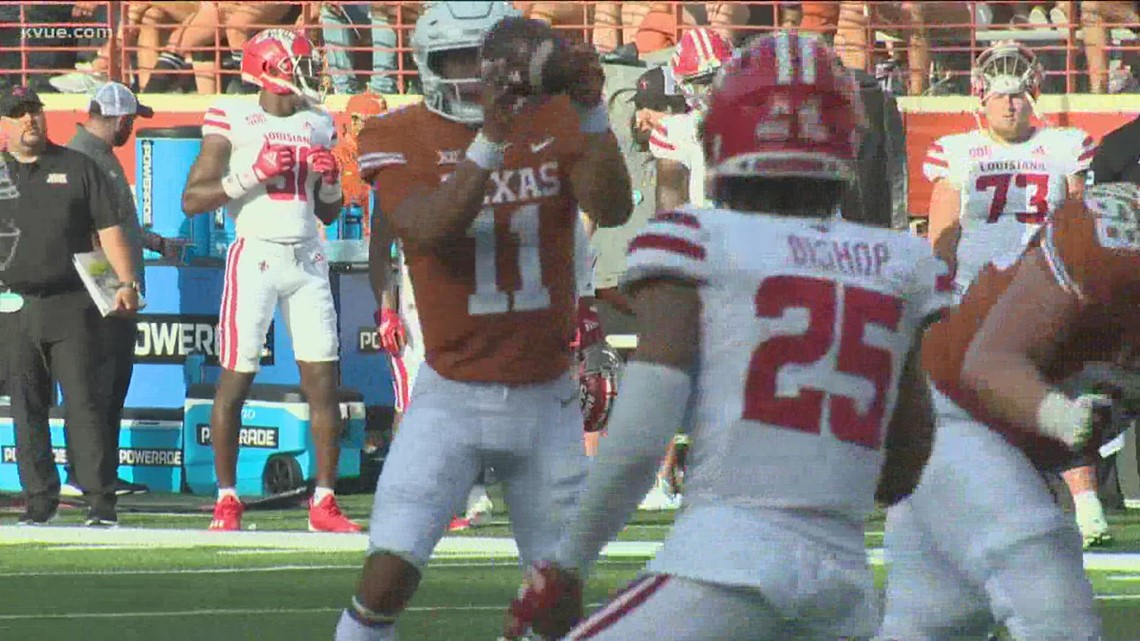 Casey Thompson to start at QB for Texas vs. Rice, stayed positive amid QB competition