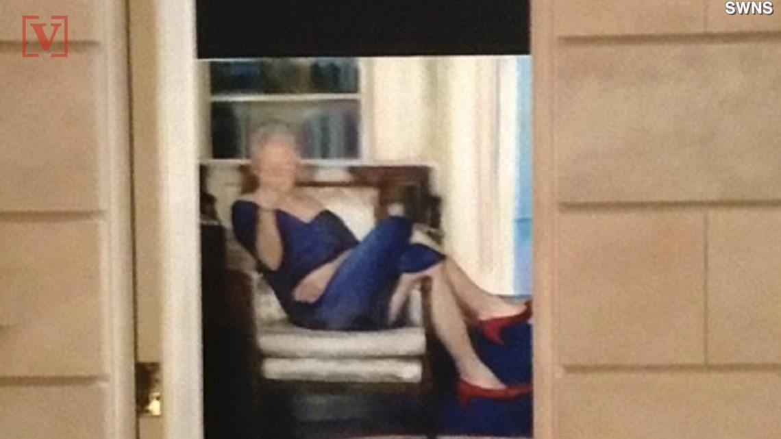 Photo Taken Inside Jeffrey Epstein S Ny Mansion Shows