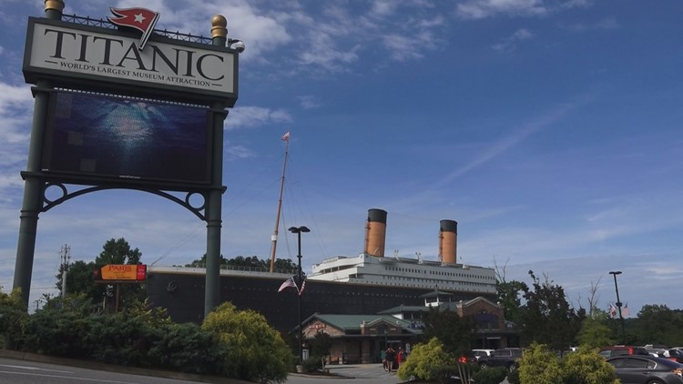 'Wall of ice' display falls at Titanic Museum in Tennessee, hospitalizing 3 people