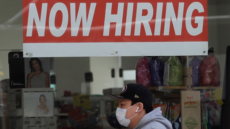 Many Texans are about to lose their whole unemployment benefit. A renowned career coach shares what you must and must not do to land a good job