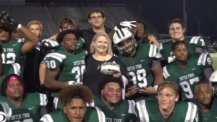 South Carolina high school football player who died at the beginning of season named homecoming king