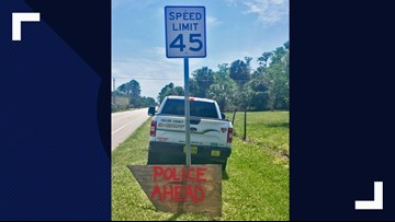 Sign tips off speeders that deputies were lying in wait