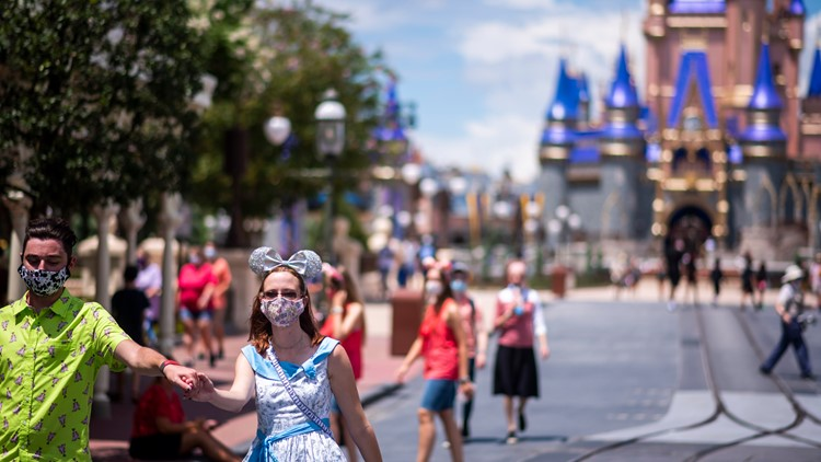 Disney World sells out as people head to Florida for spring break