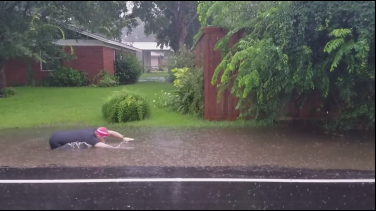 Louisiana man finds silver lining after heavy rain floods front yard